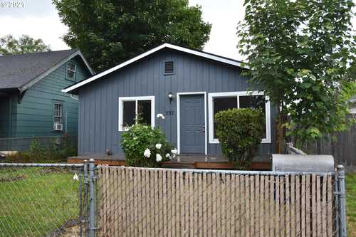 $244,900 - 2Br/1Ba -  for Sale in Highlands Addition, Longview