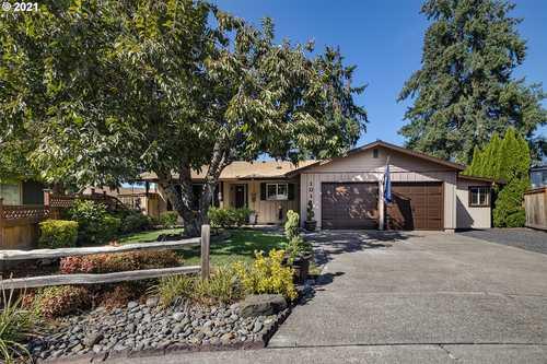 $479,900 - 3Br/2Ba -  for Sale in Hillsboro