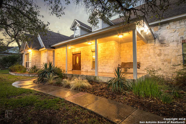 $475,000 - 5Br/5Ba -  for Sale in River Chase, New Braunfels