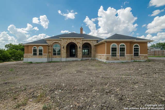 $515,000 - 4Br/3Ba -  for Sale in Unknown, Cibolo