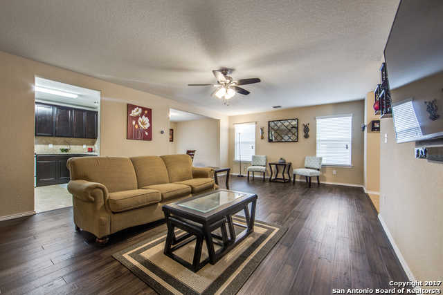 $215,500 - 3Br/3Ba -  for Sale in Bulverde Village-strtfd/trnbry, San Antonio