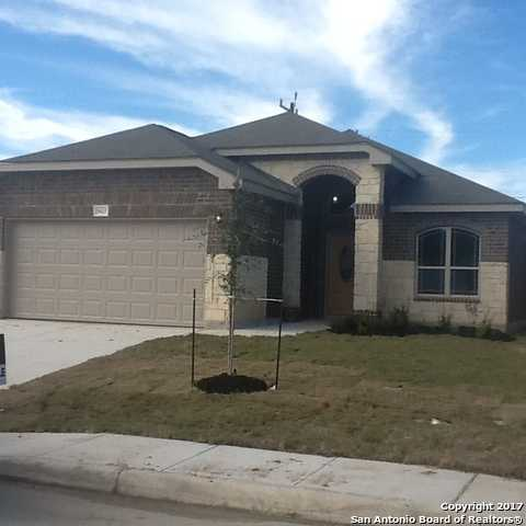 $215,500 - 3Br/2Ba -  for Sale in Bricewood, Helotes