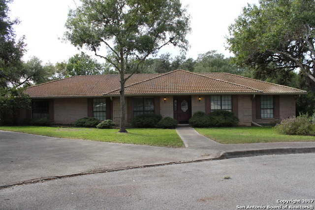 $300,000 - 4Br/3Ba -  for Sale in Fair Oaks Ranch, Fair Oaks Ranch