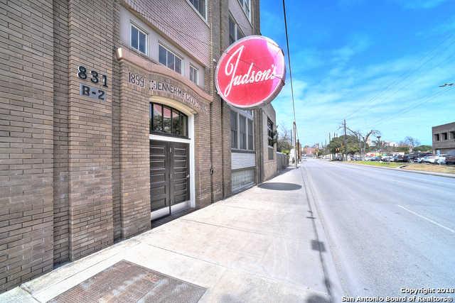 $490,000 - 2Br/3Ba -  for Sale in San Antonio