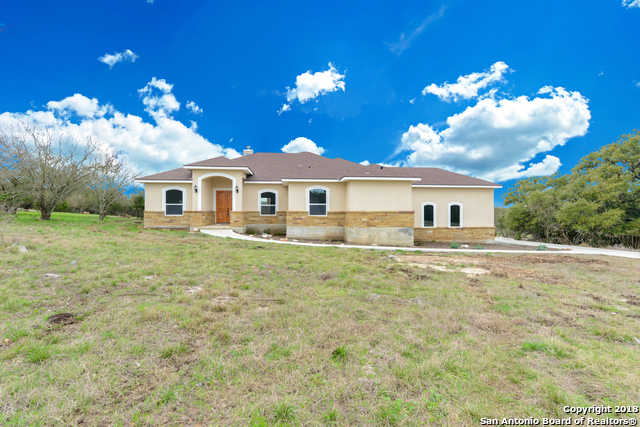$419,000 - 3Br/3Ba -  for Sale in River Chase, New Braunfels