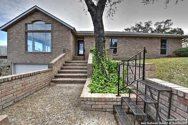 $569,000 - 4Br/3Ba -  for Sale in Country Place, San Antonio