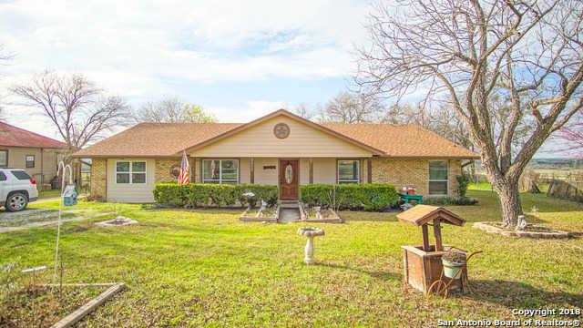$749,900 - 3Br/3Ba -  for Sale in Abbott Acrea, New Braunfels