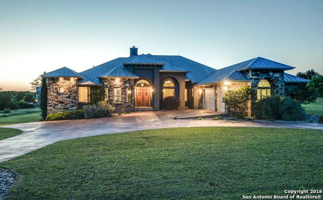 $617,000 - 4Br/4Ba -  for Sale in Vintage Oaks, New Braunfels