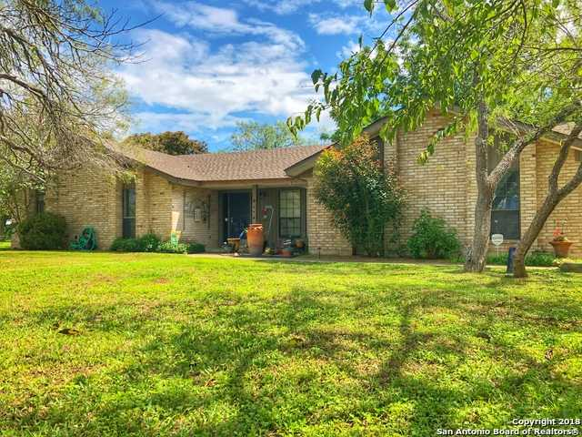 $306,500 - 3Br/2Ba -  for Sale in Trinity Oaks, Floresville