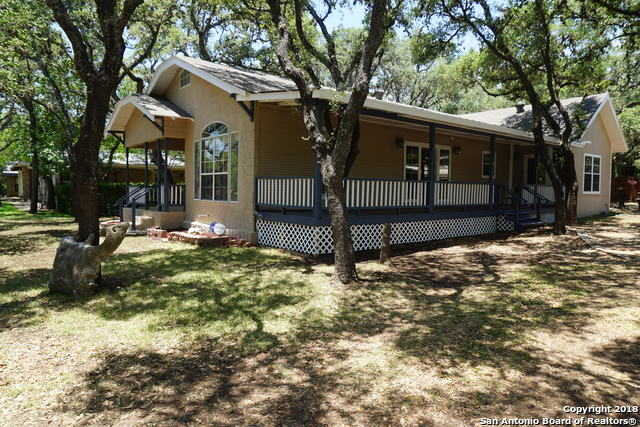 $284,000 - 3Br/2Ba -  for Sale in Oakhaven Heights, San Antonio