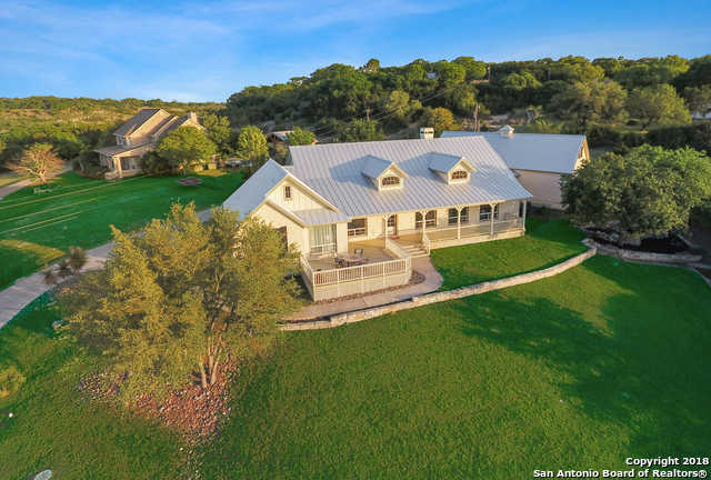 $684,900 - 4Br/4Ba -  for Sale in Lake Country, Boerne