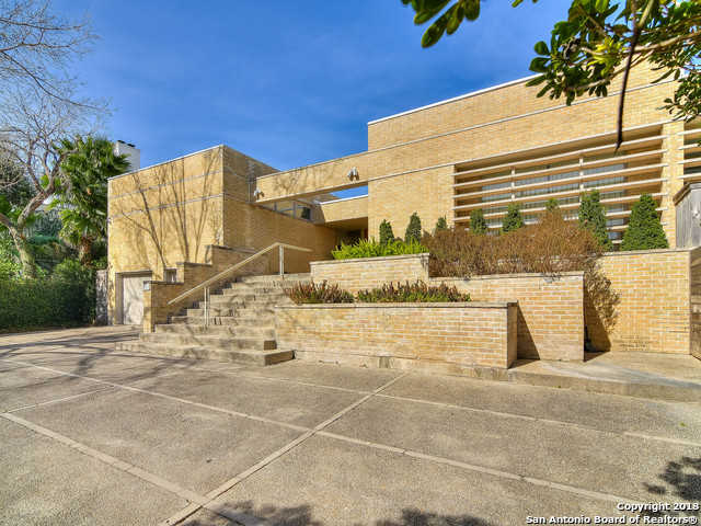 $1,999,000 - 5Br/4Ba -  for Sale in Terrell Hills, San Antonio