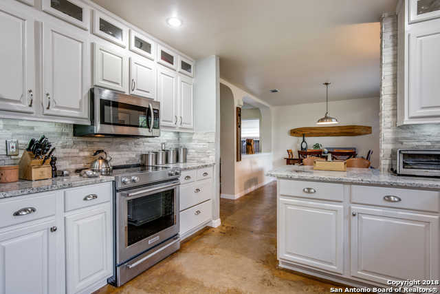 $269,900 - 3Br/3Ba -  for Sale in Helotes Crossing, Helotes