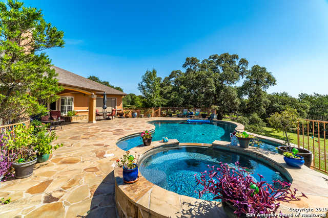 $517,500 - 3Br/3Ba -  for Sale in Seven Hills Ranch, San Antonio