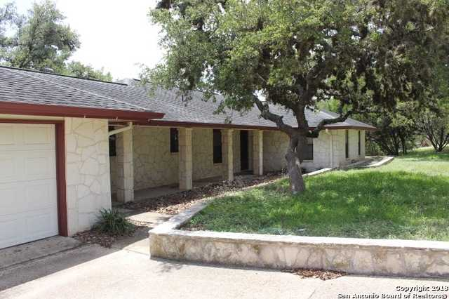 $260,000 - 3Br/3Ba -  for Sale in Oak Country, Helotes