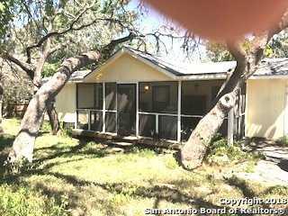 $179,000 - 3Br/2Ba -  for Sale in Walnut Hills, Boerne