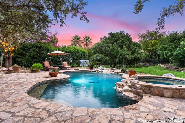 $799,900 - 4Br/3Ba -  for Sale in The Pinnacle, San Antonio