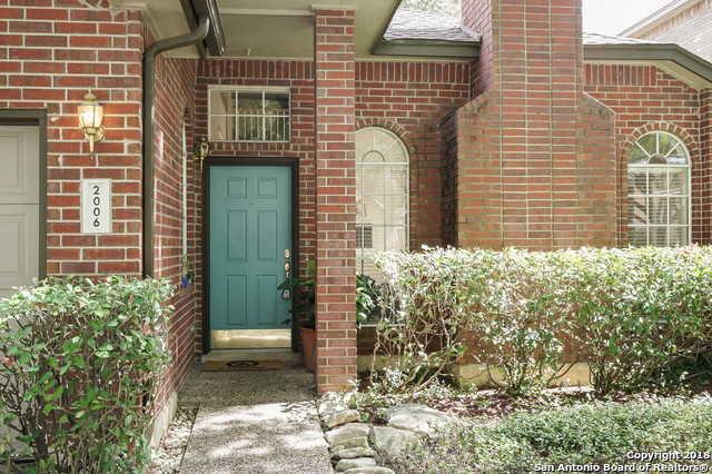 $272,900 - 3Br/3Ba -  for Sale in Oak Hollow Village, San Antonio