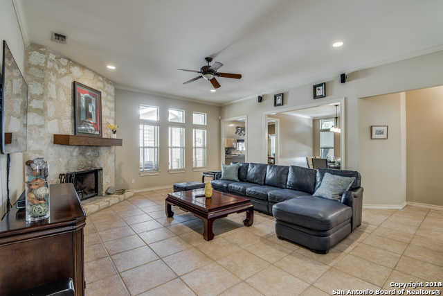$350,000 - 3Br/3Ba -  for Sale in Oakhaven Heights, San Antonio