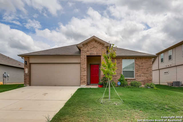 $199,900 - 3Br/2Ba -  for Sale in Saengerhalle, New Braunfels