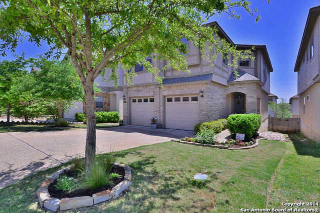 $260,000 - 3Br/3Ba -  for Sale in The Villages At Stone Oak, San Antonio