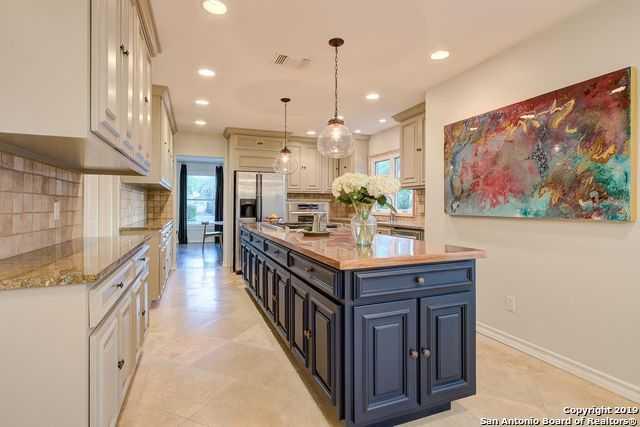 $919,990 - 5Br/5Ba -  for Sale in Terrell Hills, San Antonio