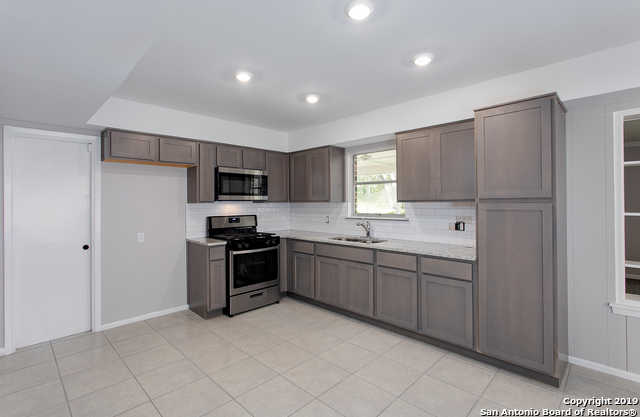 $209,000 - 4Br/2Ba -  for Sale in East Terrell Hills Heights, San Antonio