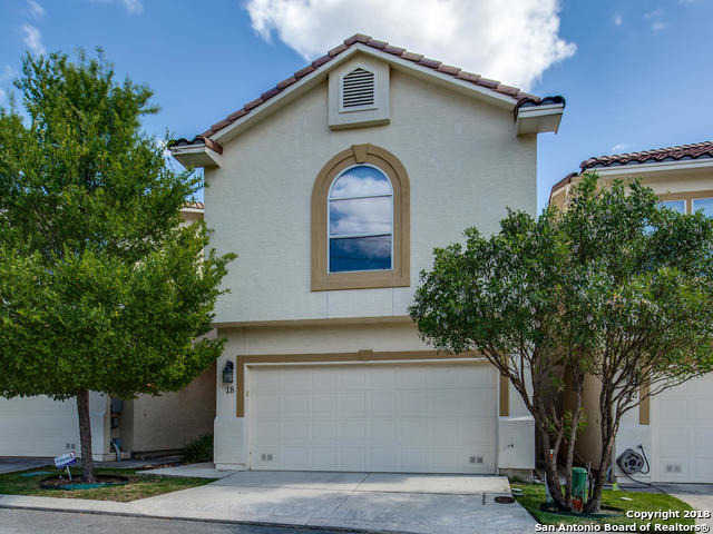 - 4Br/4Ba -  for Sale in Las Ventanas Townhomes, San Antonio