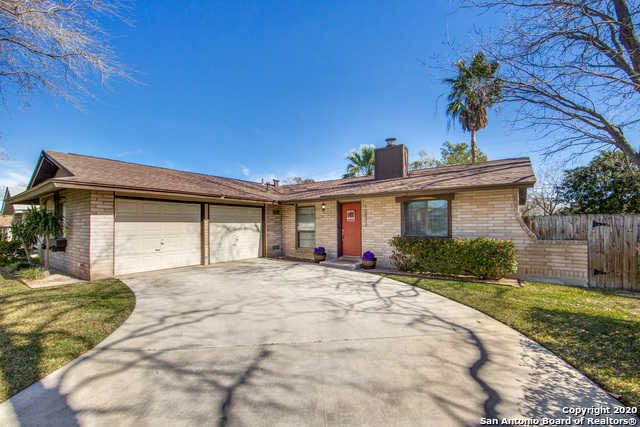 $165,000 - 3Br/2Ba -  for Sale in Live Oak Village, Live Oak