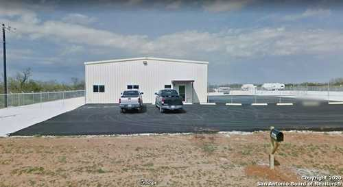 $850,000 - Br/Ba -  for Sale in Dilley