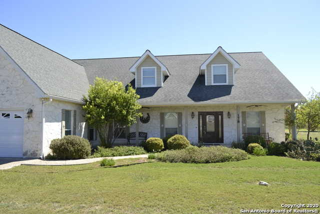 $430,000 - 3Br/3Ba -  for Sale in Flying L Ranch, Bandera
