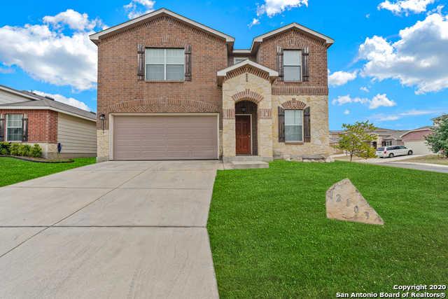 $240,000 - 3Br/3Ba -  for Sale in Silver Oaks, San Antonio