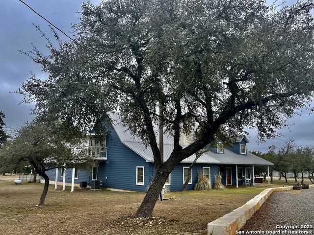 $1,100,000 - 5Br/4Ba -  for Sale in Castle Lake Ranch, Pipe Creek