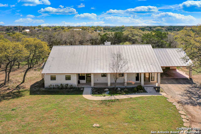 $775,000 - 3Br/2Ba -  for Sale in Exotic Acres, Bandera