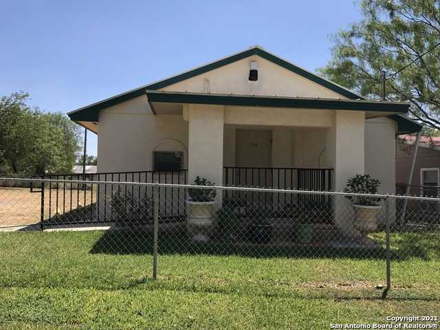 $149,900 - 2Br/3Ba -  for Sale in N/a, Cotulla