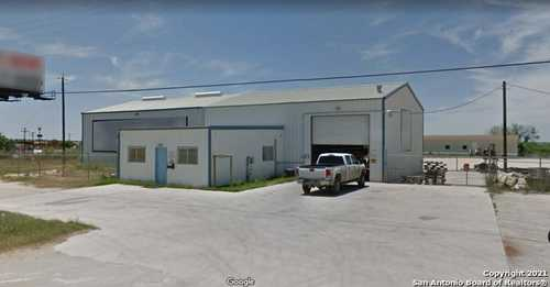 $465,000 - Br/Ba -  for Sale in Dilley