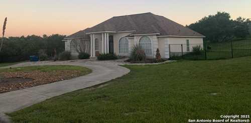 $699,000 - 4Br/4Ba -  for Sale in Fair Oaks /windemere, Boerne
