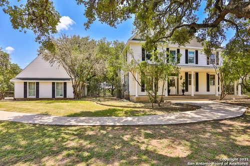 $699,000 - 4Br/3Ba -  for Sale in Fair Oaks Ranch, Fair Oaks Ranch