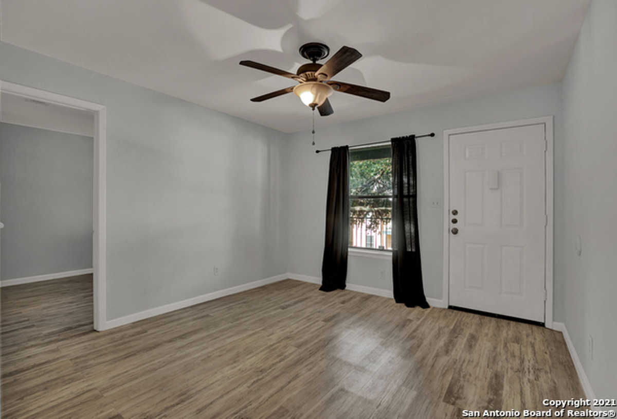$149,999 - 2Br/2Ba -  for Sale in Park North, San Marcos