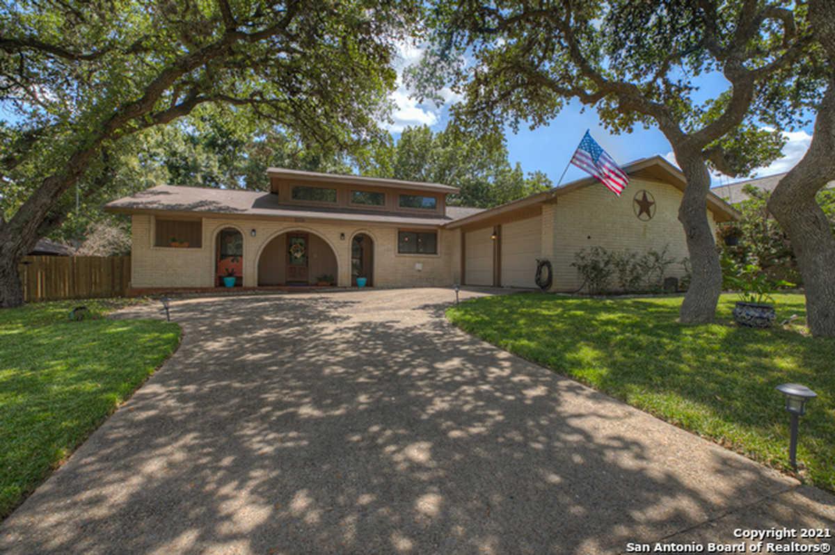 $334,900 - 3Br/2Ba -  for Sale in Encino Park, San Antonio
