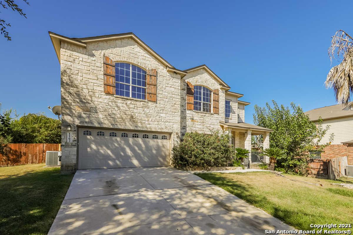 $360,000 - 4Br/2Ba -  for Sale in Mockingbird Heights, New Braunfels