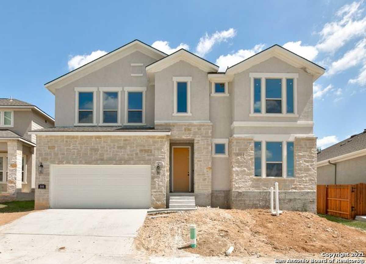 $569,171 - 4Br/4Ba -  for Sale in Hillside On Landa, New Braunfels
