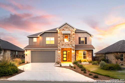 $699,000 - 4Br/4Ba -  for Sale in Miralomas Garden Homes Unit 1, Boerne