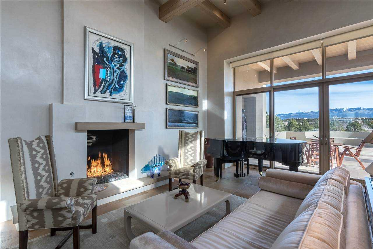 $2,500,000 - 4Br/5Ba -  for Sale in Las Campanas, Santa Fe