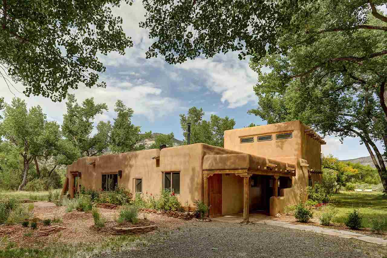 $1,200,000 - 3Br/5Ba -  for Sale in Abiquiu