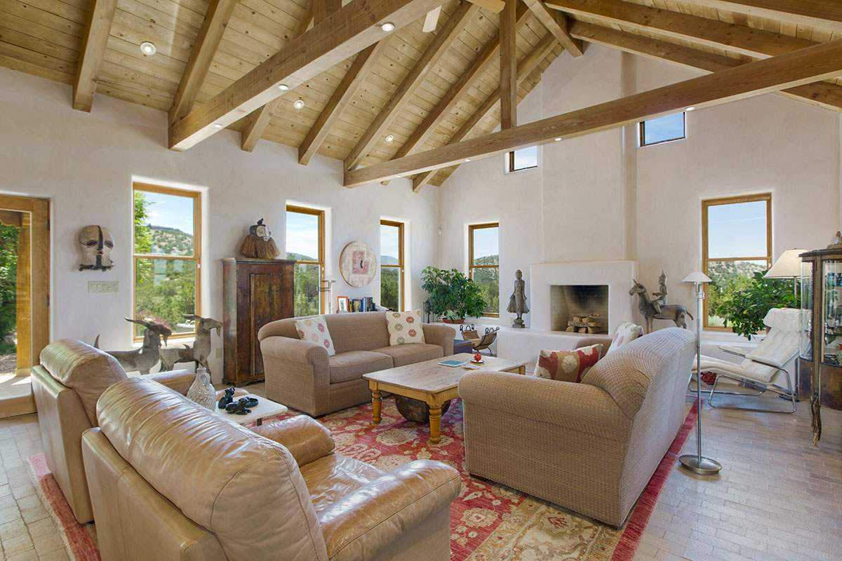 $1,000,000 - 4Br/4Ba -  for Sale in Arroyo Hondo, Santa Fe