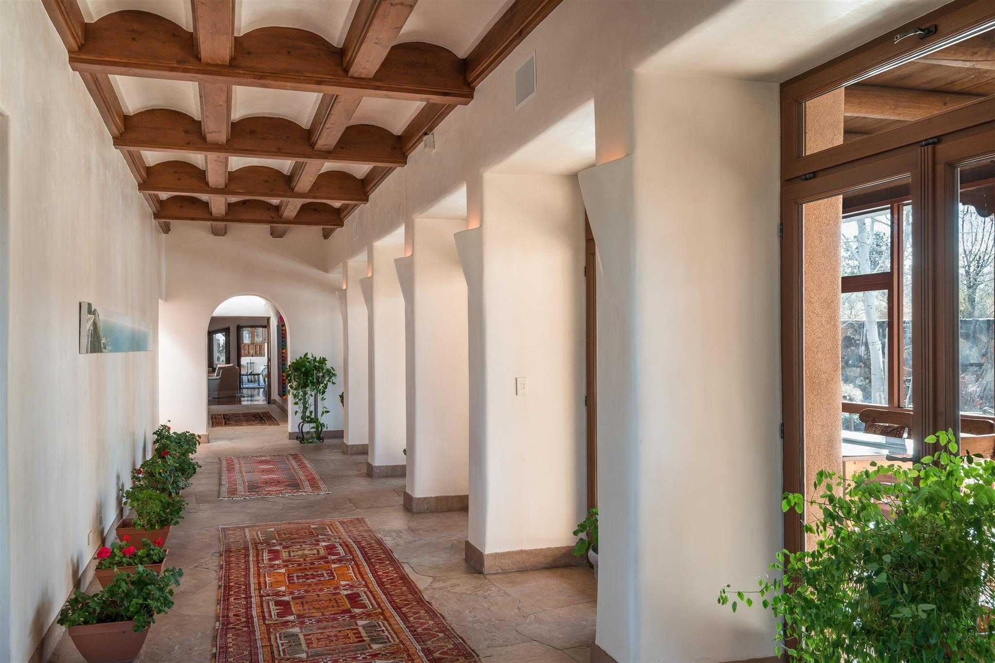 $4,100,000 - 6Br/9Ba -  for Sale in La Tierra Nueva, Santa Fe