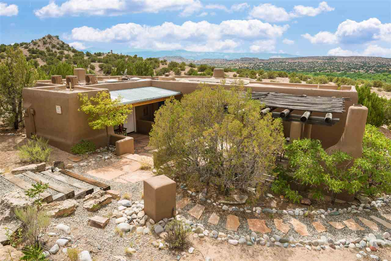 $315,000 - 2Br/2Ba -  for Sale in Rancho De San Juan, Ojo Caliente