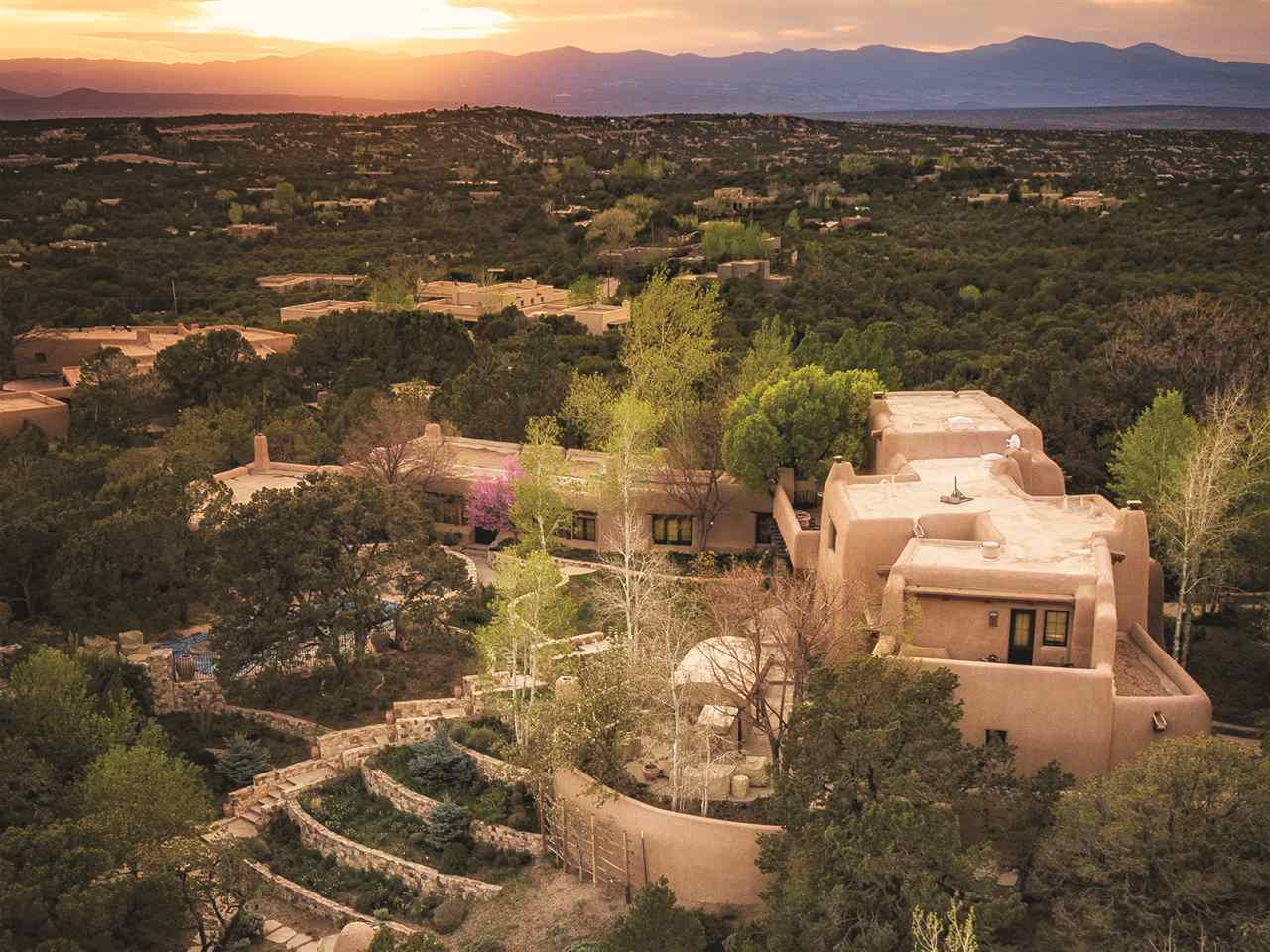 $11,500,000 - 10Br/11Ba -  for Sale in Santa Fe