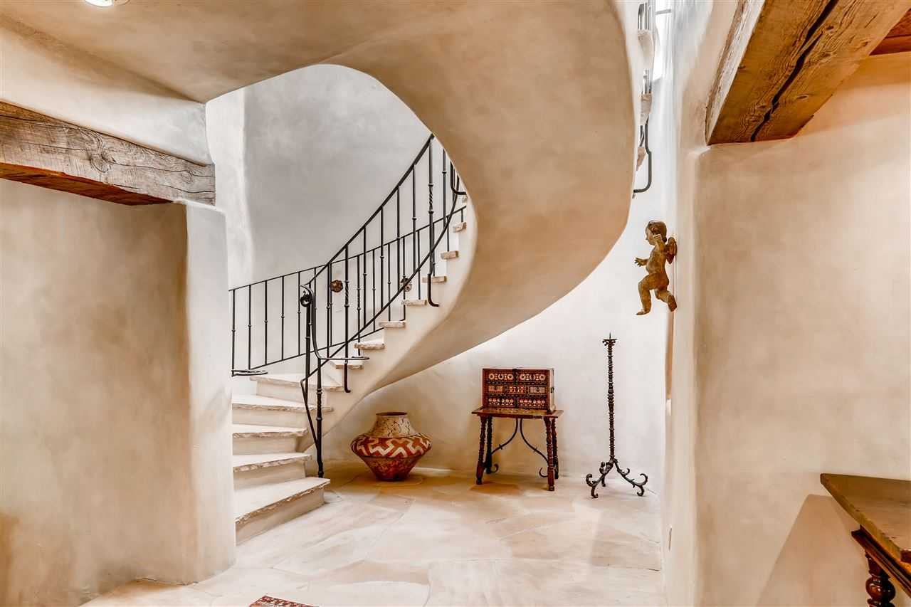 $4,999,000 - 7Br/9Ba -  for Sale in Santa Fe